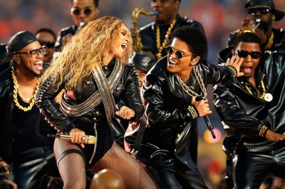 Our Favorite Super Bowl Half Time Performances